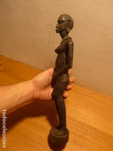 Arte: Antigua escultura de madera tallada africana, original, de tribu de Africa. - Foto 5 - 147658610