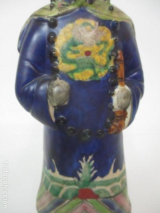 Arte: Pareja de Emperadores Orientales - Figura Porcelana de Biscuit - Pintados a Mano - Sello en la Base - Foto 18 - 149035838