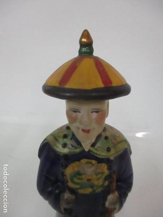 Arte: Pareja de Emperadores Orientales - Figura Porcelana de Biscuit - Pintados a Mano - Sello en la Base - Foto 19 - 149035838