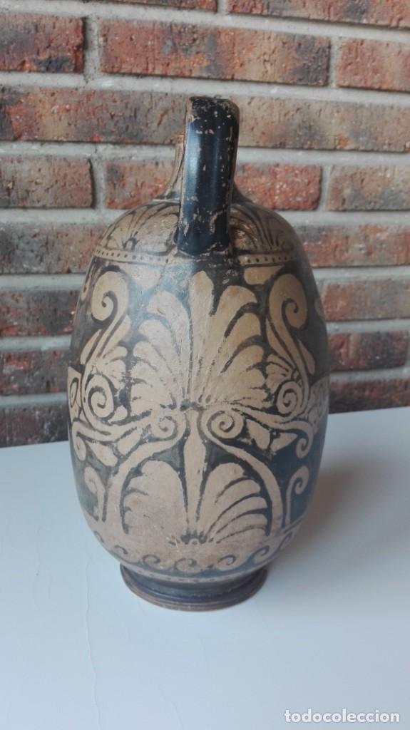 Arte: Lekythos de cerámica griega de la Magna Grecia S. IV a.C. - Foto 3 - 149829662