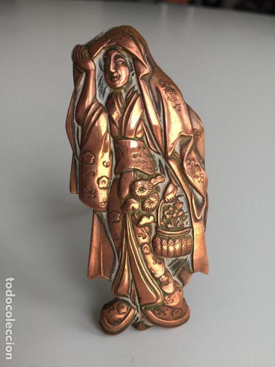 Arte: FIGURA CHINA REALIZADA A MANO SOBRE COBRE , ANTIGUA Y ORIGINAL - Foto 6 - 151236978