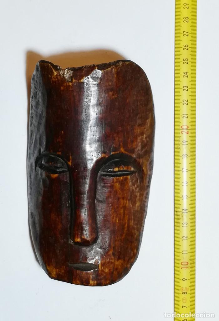 ETNOGRAFÍA AFRICANA. MÁSCARA. AMULETO AFRICANO TALLADO EN HUESO. (Arte - Étnico - África)
