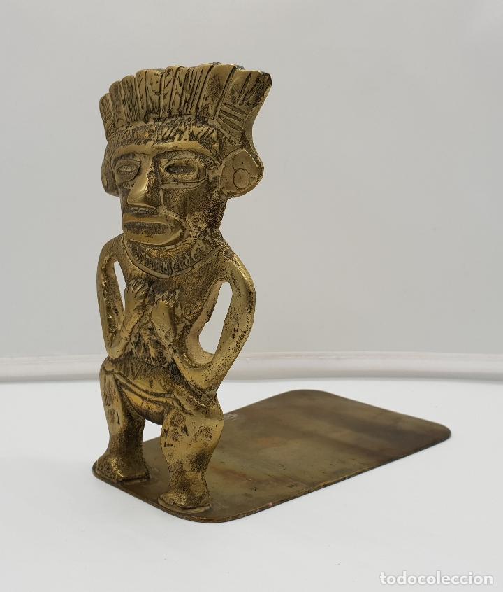 Arte: Escultura de la cultura Inca, imagen del dios Wiracocha mitologia pre-Inca en bronce cincelado . - Foto 2 - 153729962
