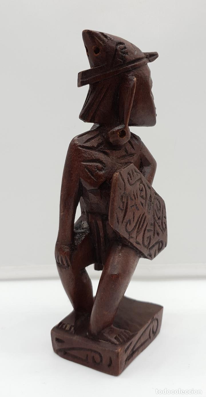 Arte: Talla antigua de guerrero indígena bellamente tallado a mano en madera . - Foto 2 - 154104634