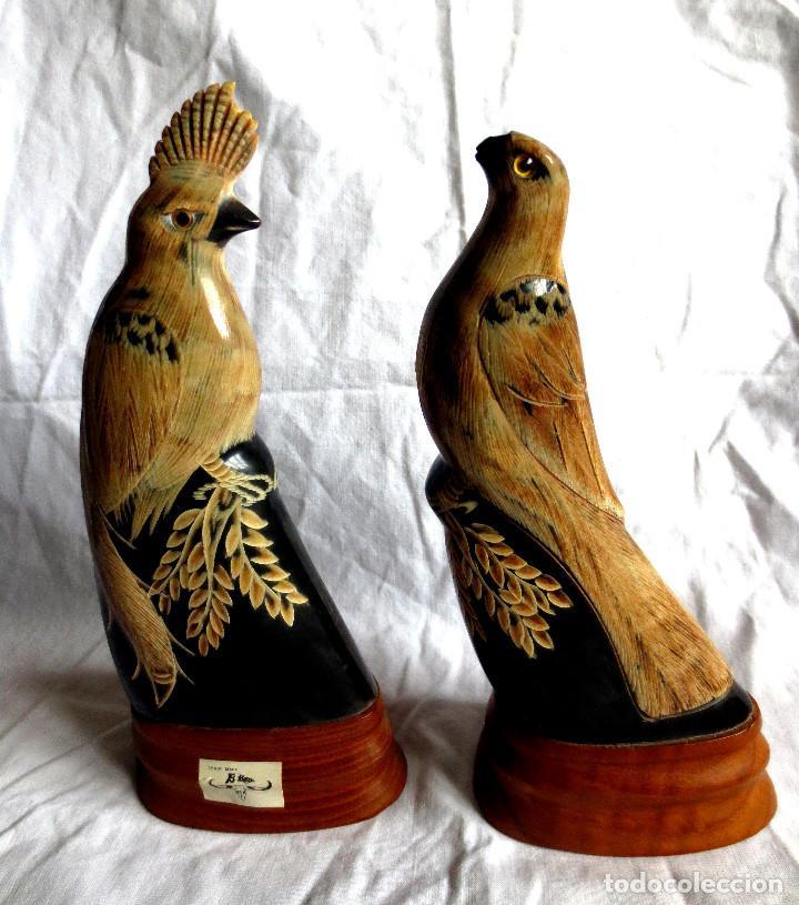 PAREJA DE AVES DEL PARAISO TALLADOS EN CUERNO DE BUFALO TAILANDES (Arte - Étnico - Asia)