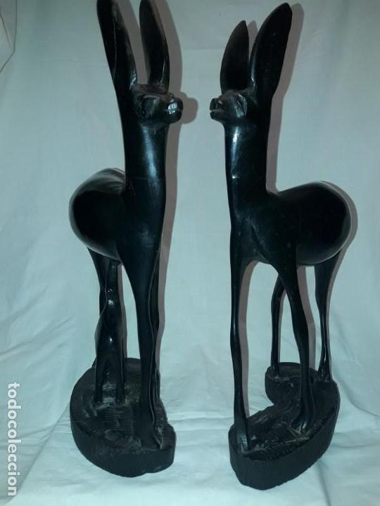 Arte: Preciosas esculturas africanas talla madera de Ébano pareja de gacelas con cría 38cm 2.5kg - Foto 26 - 154955542