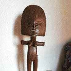 Arte: ANTIGUA FIGURA MÁSCARA AFRICANA 63 X 17 CMTRS. . Lote 155487794