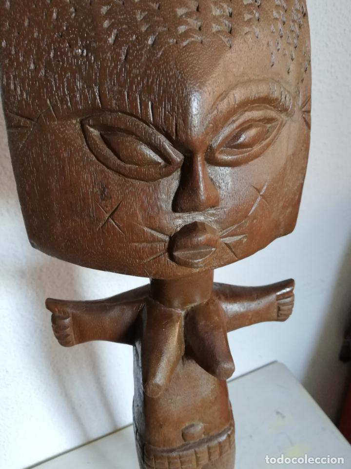 Arte: Antigua figura máscara africana 63 x 17 cmtrs. - Foto 4 - 155487794