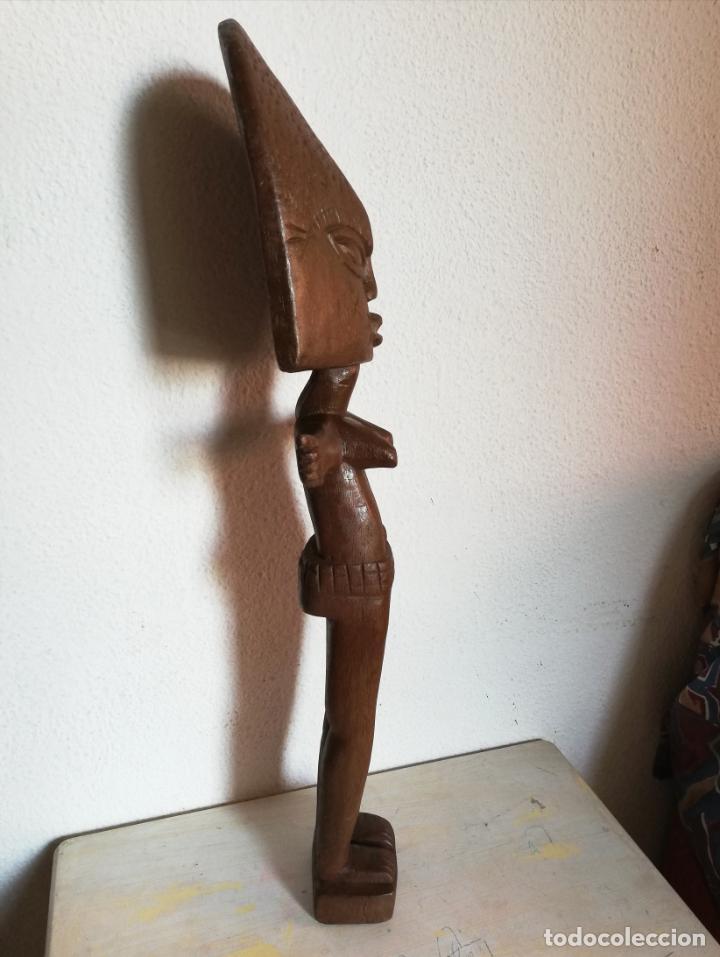 Arte: Antigua figura máscara africana 63 x 17 cmtrs. - Foto 6 - 155487794