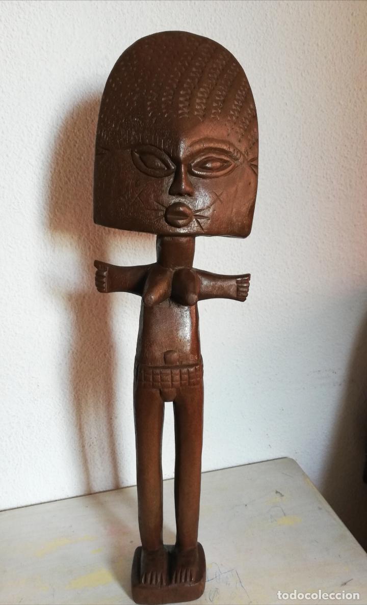 Arte: Antigua figura máscara africana 63 x 17 cmtrs. - Foto 12 - 155487794