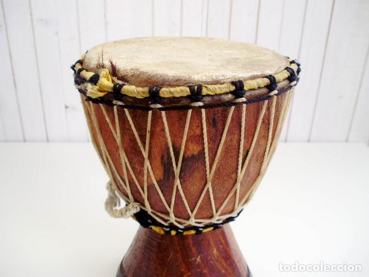 Arte: Pequeño Tam Tam Africano madera tallada - H.19cm - Foto 3 - 155951610