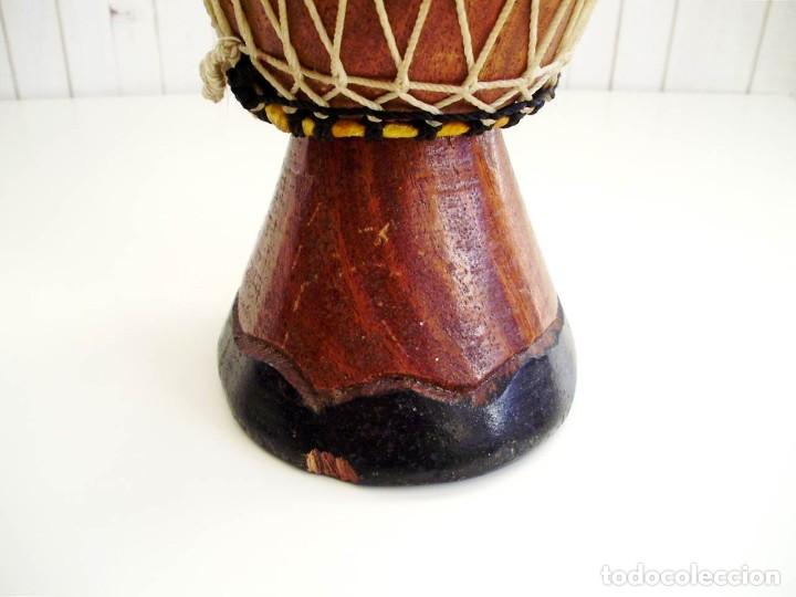 Arte: Pequeño Tam Tam Africano madera tallada - H.19cm - Foto 5 - 155951610