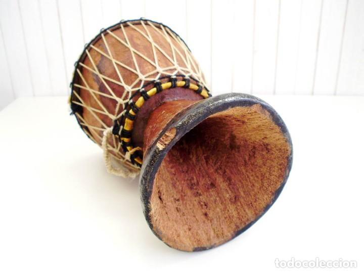 Arte: Pequeño Tam Tam Africano madera tallada - H.19cm - Foto 6 - 155951610