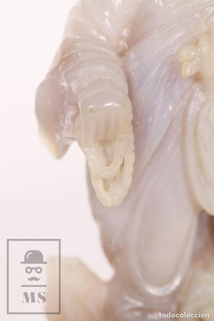 Kunst: Antigua Figura Oriental Tallada en Jade Blanco - Base de Madera - Restauración - Med. 20 x 6 x 16 cm - Foto 7 - 156497010
