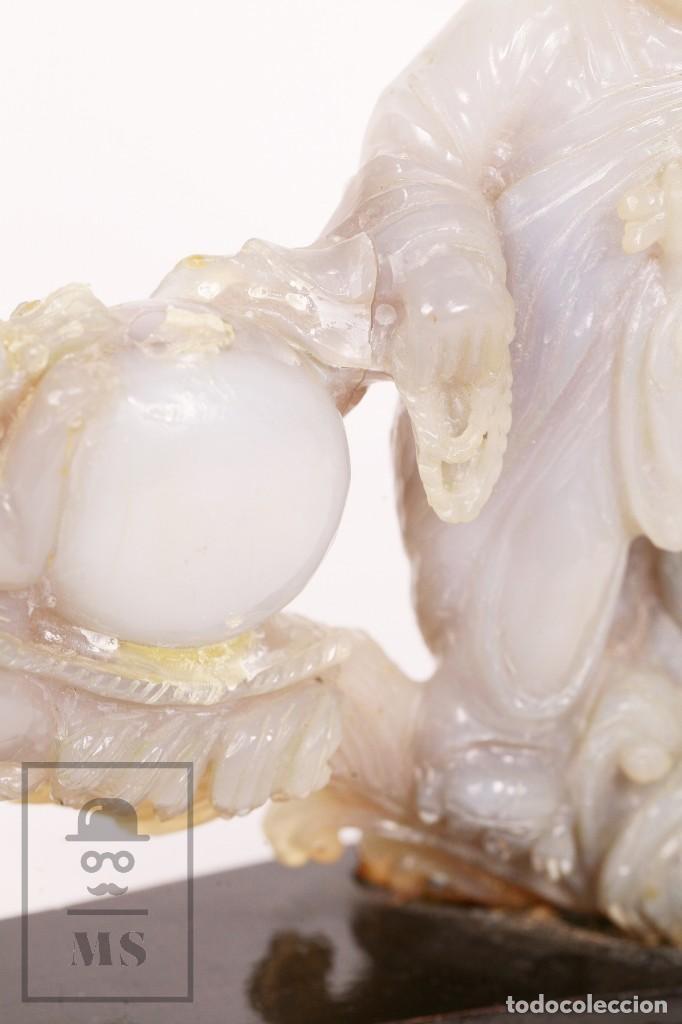 Kunst: Antigua Figura Oriental Tallada en Jade Blanco - Base de Madera - Restauración - Med. 20 x 6 x 16 cm - Foto 8 - 156497010