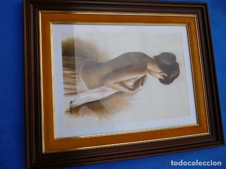 Arte: Cuadros dos desnudos, marcos buenos de madera, de 69 x 57cm, con firma de autor. - Foto 2 - 158718750