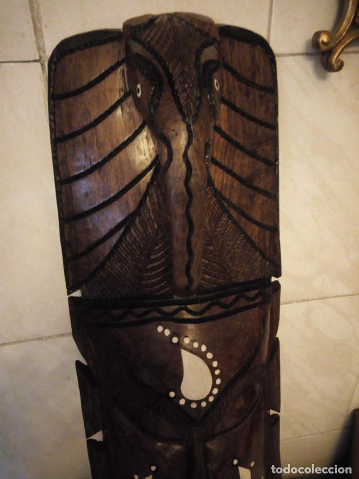 Arte: Extraordinaria mascara africana tallada a mano en madera con incrustaciones de hueso o marfil. - Foto 5 - 159418554