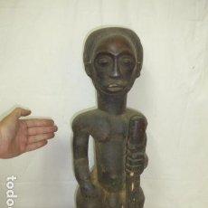 Arte: ANTIGUA GRAN ESCULTURA DE MADERA TALLADA AFRICANA, ORIGINAL, DE TRIBU AFRICANA. AFRICA.. Lote 163977402