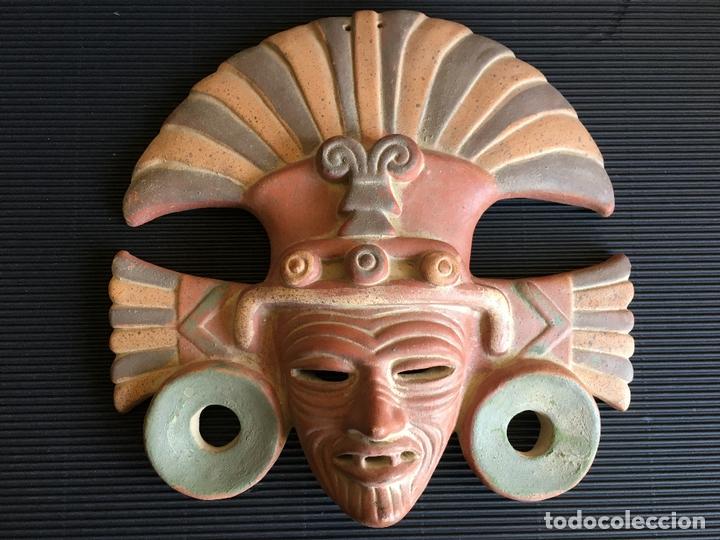 FANTASTICA MASCARA AZTECA? DE TERRACOTA POLICROMADA, FIRMADA (Arte - Étnico - América)