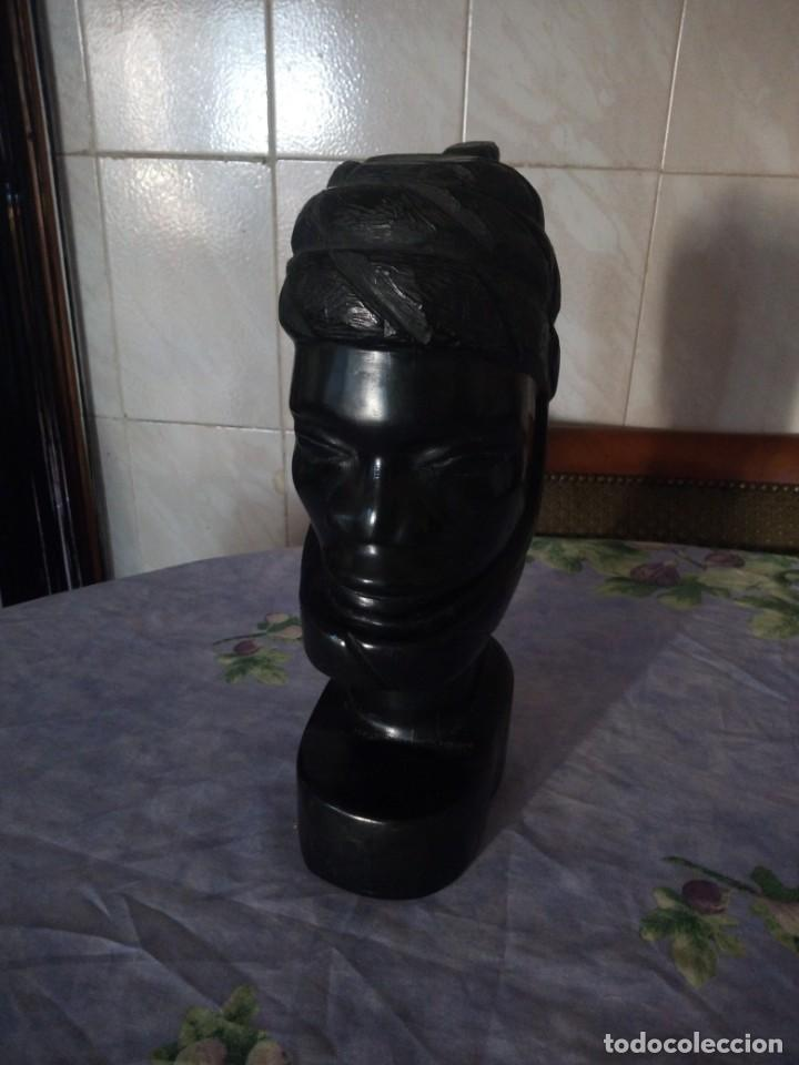 PRECIOSO BUSTO AFRICANO TALLADO EN ÉBANO,PIEZA MACIZA (Arte - Étnico - África)