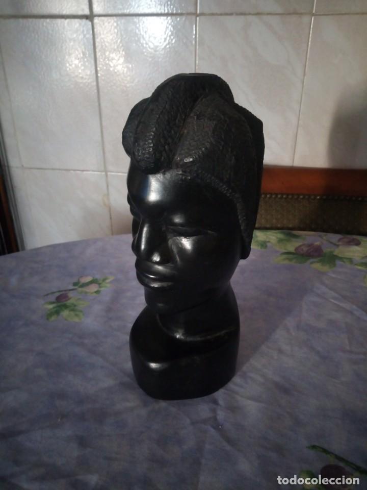 PRECIOSO BUSTO AFRICANO TALLADO EN ÉBANO.PIEZA MACIZA. (Arte - Étnico - África)