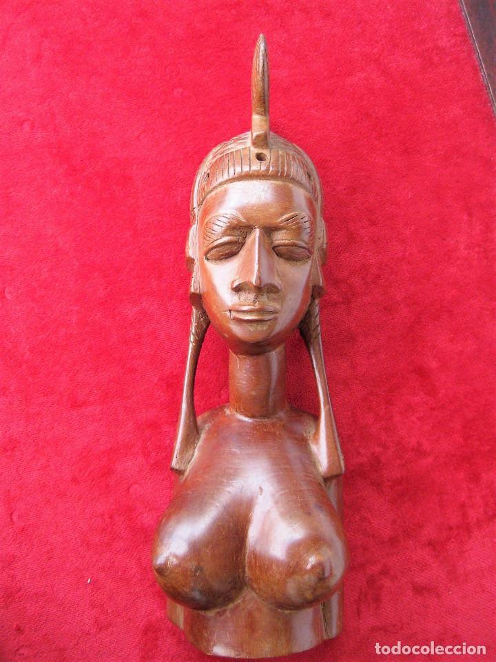 Arte: FIGURA ÉTNICA AFRICANA EN MADERA NOBLE DE UNA SOLA PIEZA. MUJER DESNUDA CON PEINADO TRIBAL - Foto 2 - 164832310