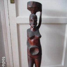 Arte: MUJER AFRICANA TALLADA MADERA ÉBANO DE 90 CM DE ALTA.. Lote 165059238