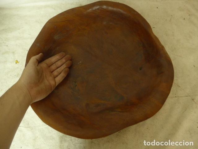 Arte: Antiguo gran centro de mesa africano, de madera tallada de tipo raiz, original. - Foto 3 - 166639454
