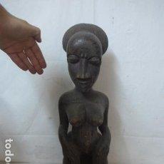 Arte: ANTIGUA GRAN ESCULTURA DE MADERA TALLADA AFRICANA, DE TRIBU BAULE DE COSTA DE MARFIL. AFRICA.. Lote 167033696