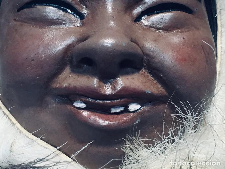 Arte: CARA ROSTRO ESQUIMAL ESKIMO RESINA MADERA PIEL PELO ALASKA 1973 23X22X8CMS - Foto 3 - 169027520