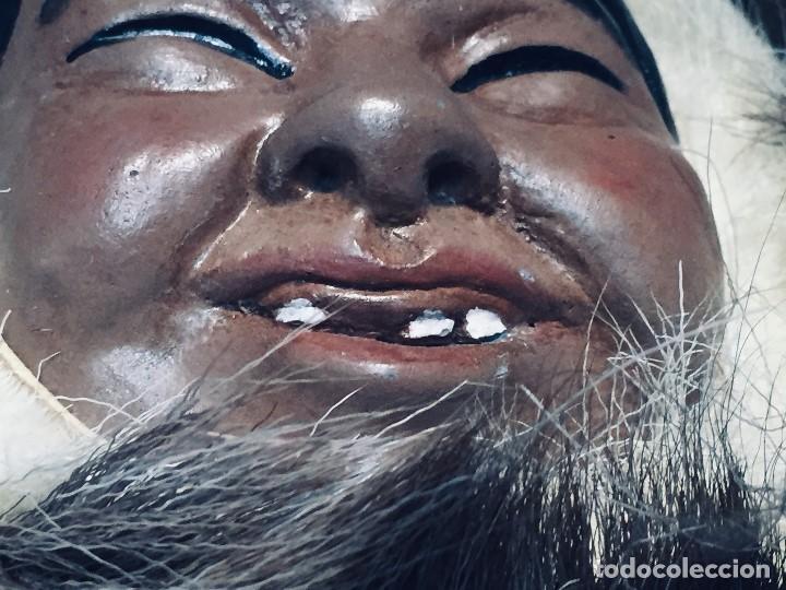 Arte: CARA ROSTRO ESQUIMAL ESKIMO RESINA MADERA PIEL PELO ALASKA 1973 23X22X8CMS - Foto 4 - 169027520
