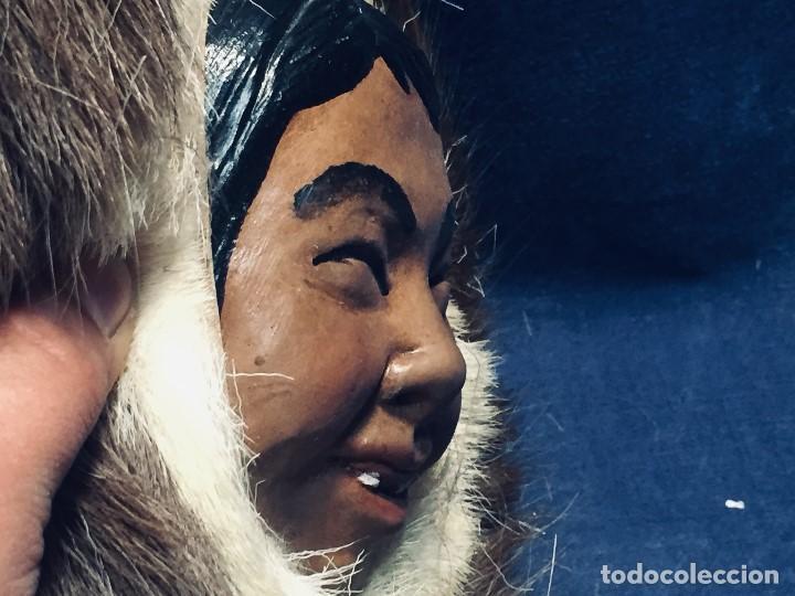 Arte: CARA ROSTRO ESQUIMAL ESKIMO RESINA MADERA PIEL PELO ALASKA 1973 23X22X8CMS - Foto 6 - 169027520