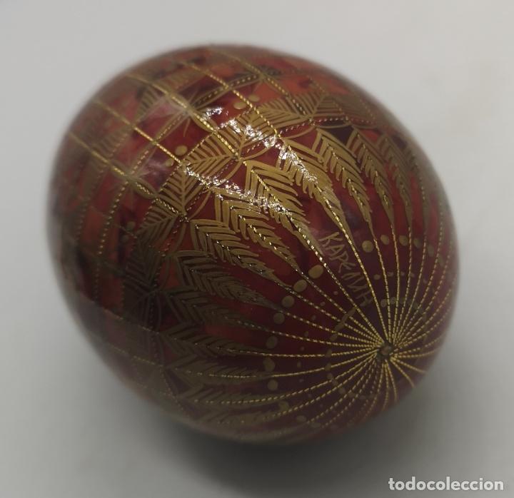Arte: Magnífico huevo antiguo Ruso de colección en madera pintado a mano y firmado . - Foto 4 - 169081212