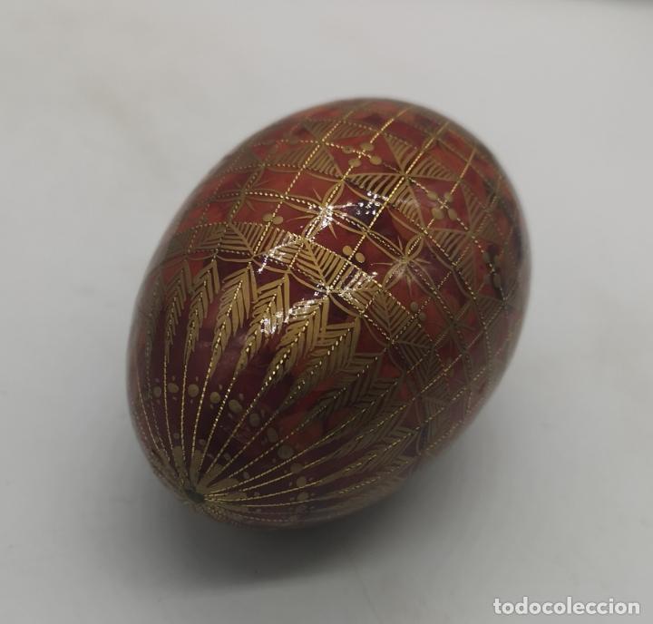 Arte: Magnífico huevo antiguo Ruso de colección en madera pintado a mano y firmado . - Foto 6 - 169081212