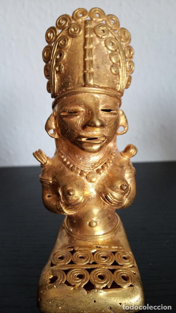 TUMBAGA , FIGURA DE CHAMAN DE LA CULTURA QUIMBAYA CON 84.60 GRAMOS DE PESO (Arte - Étnico - América)