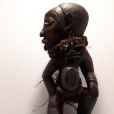 Arte: FETICHE AFRICANO YOMBE CONGO 29 CM ALTO. Lote 171183242