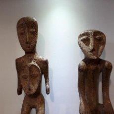 Arte: 63 CM PAREJA TALLAS DE MADERA LEGA CONGO. Lote 171186102