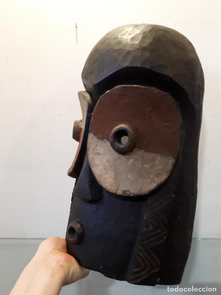 Arte: Máscara Bembe Congo 40 cm - Foto 2 - 172278604