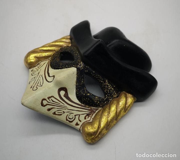 Arte: Bella máscara antigua Veneciana en porcelana biscuit policromada a mano . - Foto 2 - 172426594