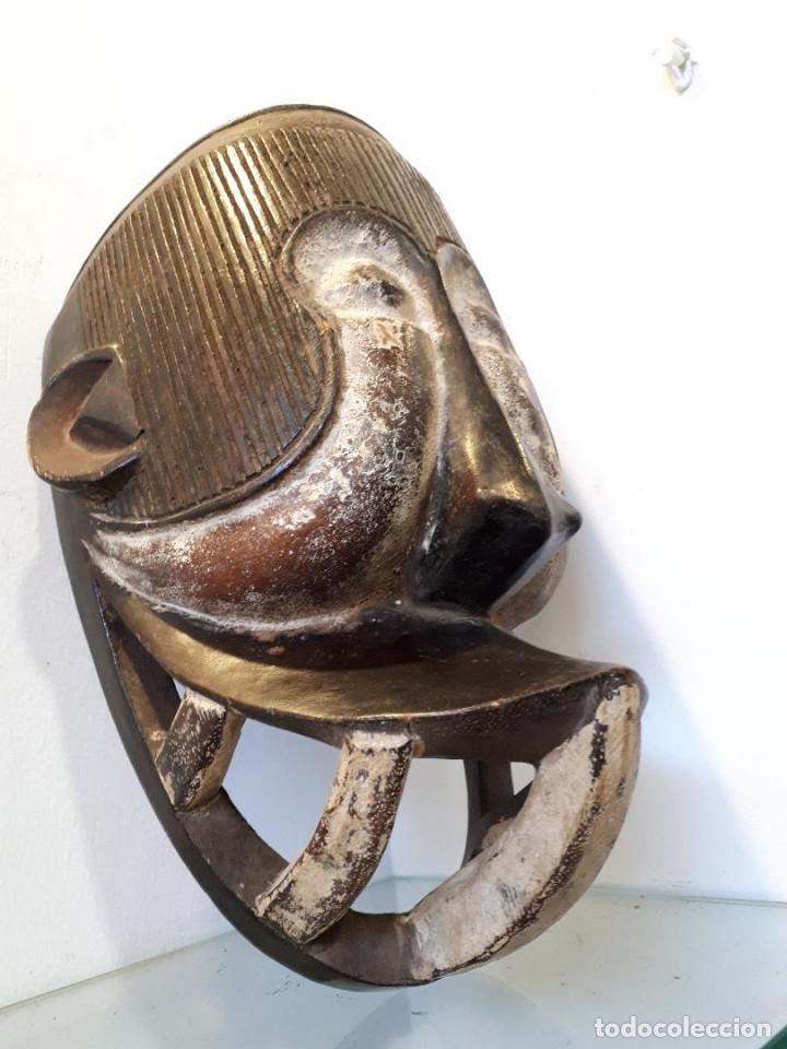 Arte: Máscara africana - Foto 2 - 172575238