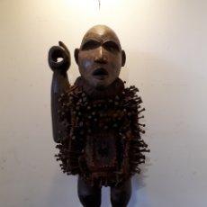 Arte: GRAN FETICHE BAKONGO CONGO 63 CM. Lote 172889749
