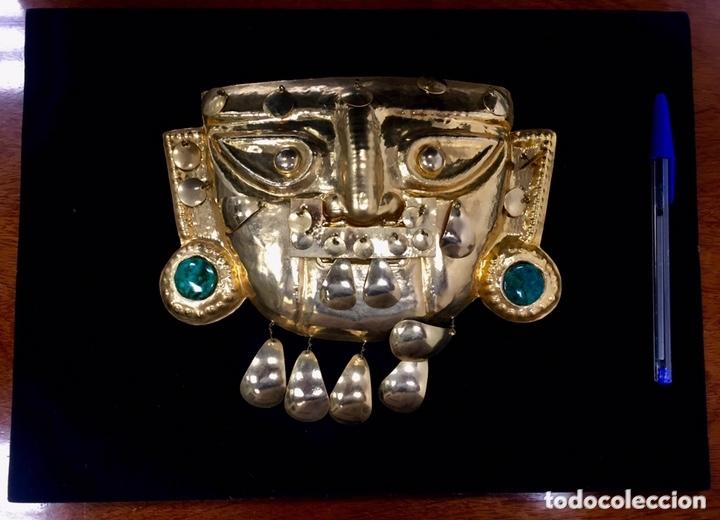 Arte: Señor de Sipan (imitacion). Chapa recubierta Oro 24 kilates y piedras preciosas. - Foto 2 - 173533698