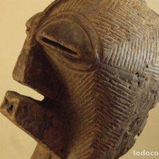 Arte: ARTE AFRICANO. MÁSCARA SONGYE. R. D. DEL CONGO. Lote 174428587