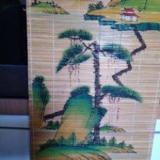 Arte: ESTERILLA DE BAMBÚ PINTADA A MANO. PROCEDEN DE JAPÓN Y LOS DIBUJOS SON ESCENAS CAMPESTRES.. Lote 174444820