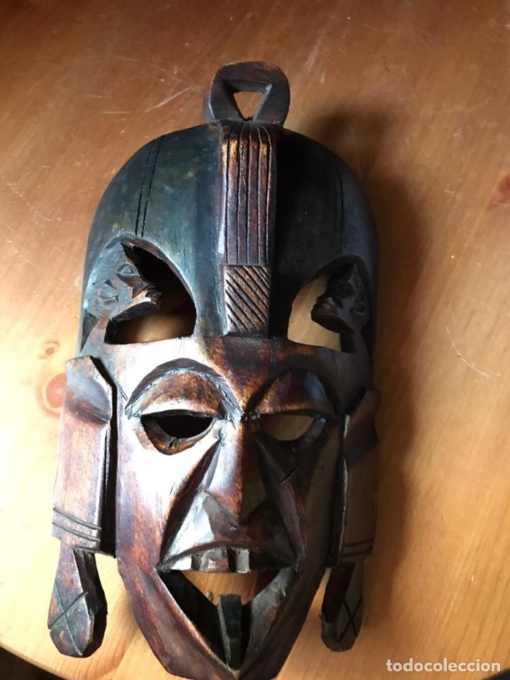 MÁSCARA DE MADERA DE CAOBA AFRICANA MATRIMONIAL (Arte - Étnico - África)