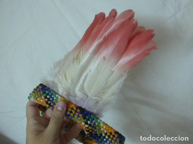 Arte: Antiguo plumaje plumas de indio de tribu del amazonas, original. - Foto 2 - 175160160