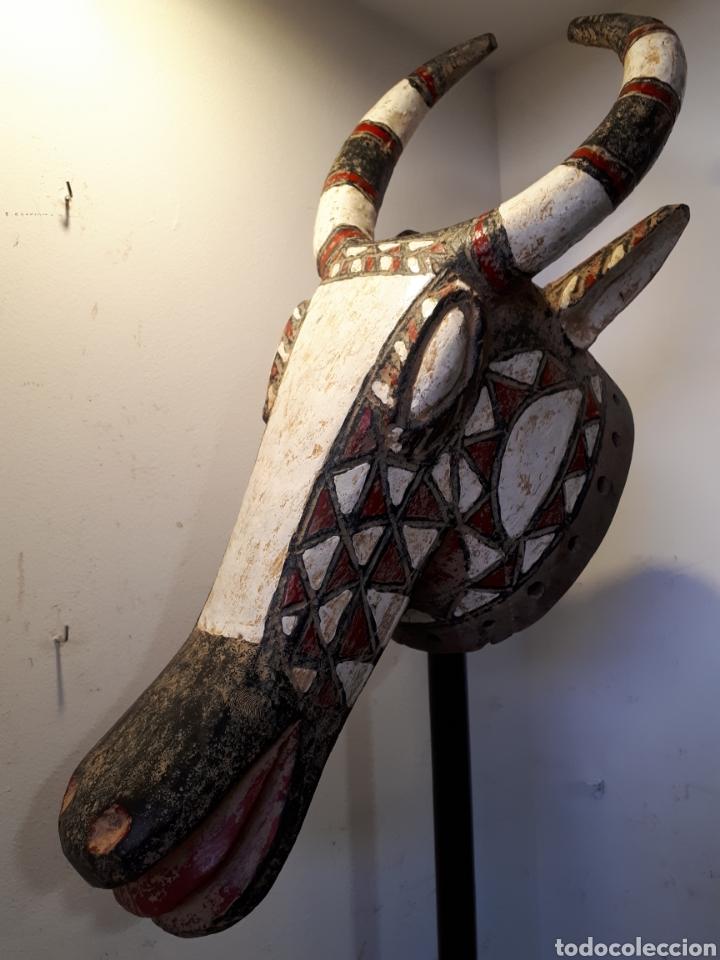 MÁSCARA AFRICANA CON SOPORTE BURKINA FASO (Arte - Étnico - África)