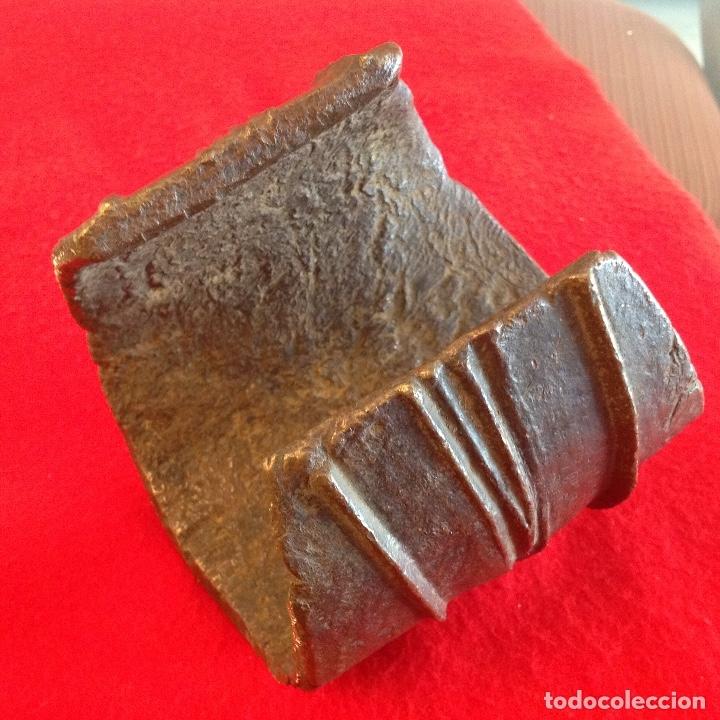 Arte: Preciosa Tobillera de bronce Ekonda, Congo, pesa unos 3 kg. Bien conservada. Ver fotos. - Foto 3 - 176119703