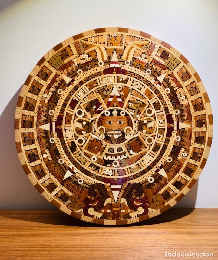 CALENDARIO AZTECA. MADERAS FINAS TROPICALES. ALTA CALIDAD. IMPECABLE. (Arte - Étnico - América)