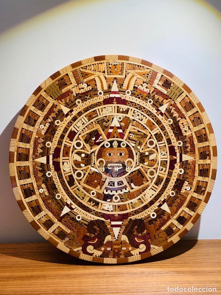 Arte: Calendario Azteca. Maderas finas tropicales. Alta calidad. Impecable. - Foto 6 - 177239413